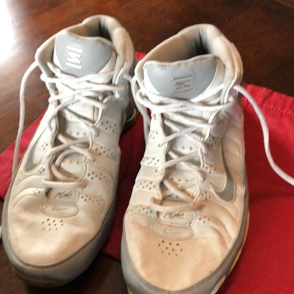 Nike Other - Nike Shox Zoom Flight Basketball Shoes